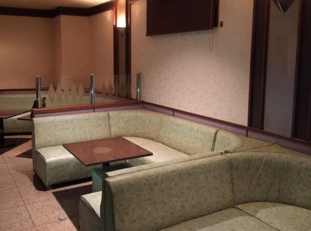 大阪でキャバクラ・ラウンジの許可申請する際、店の構造に気を付けて!