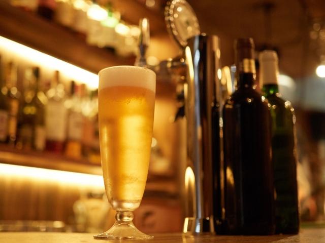 バー等の深夜酒類提供飲食店の開業や経営に必要な営業許可について
